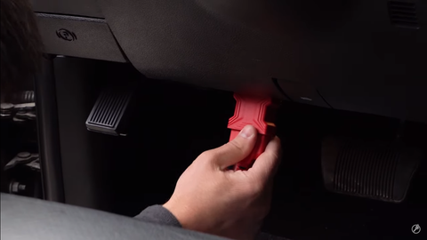 plugging the AutoProPAD G2 Turbo into the OBD2 port