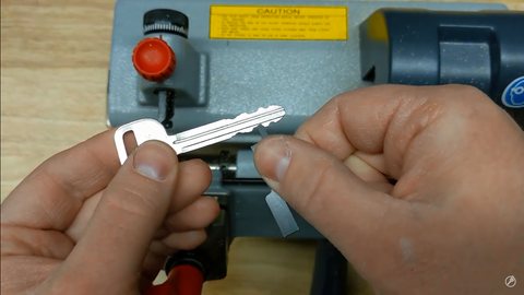 Clamp adapter for cutting keys