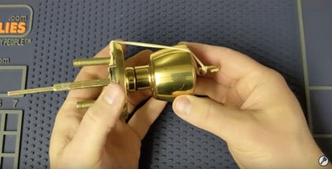 Using a rubberband to rekey a weiser lock