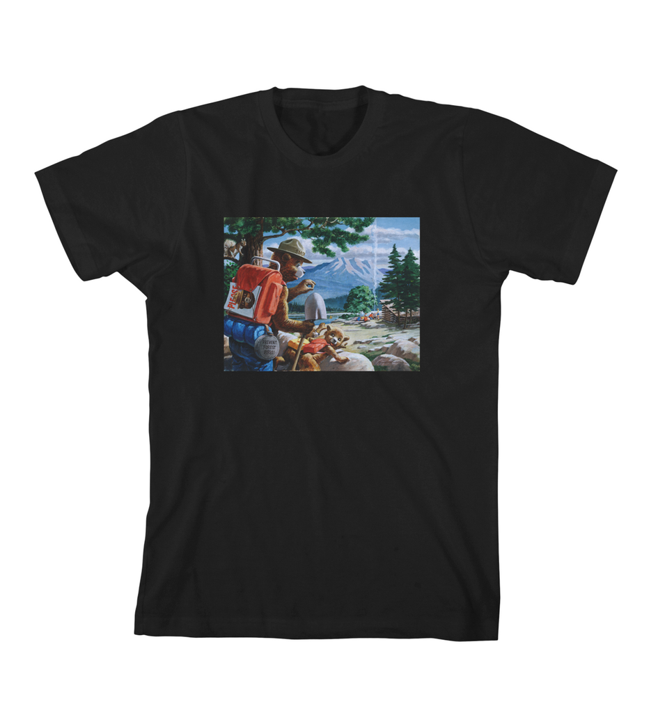 SMOKEY AND THE CUB TEE - Black