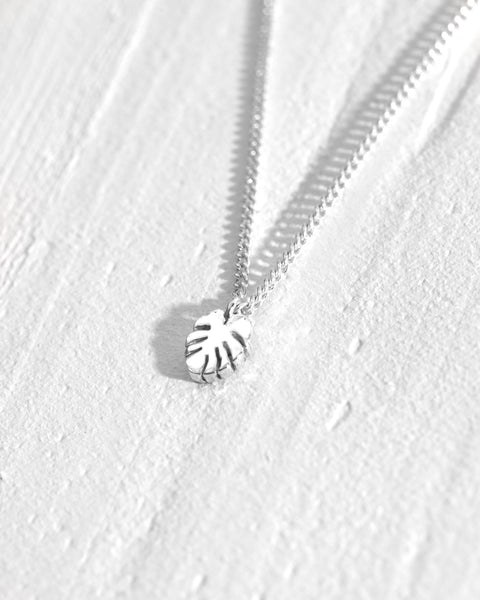 Hawaiian Leaf Pendant Necklace