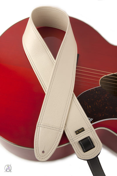 Simply Classy Bone 100 Leather Guitar Strap