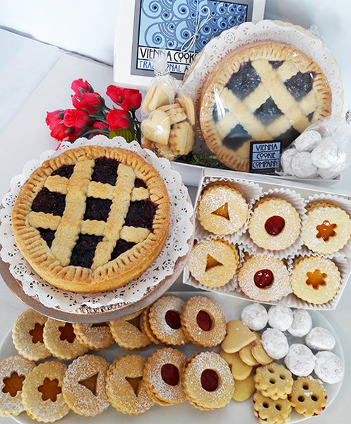 Gift Basket: Linzer Love
