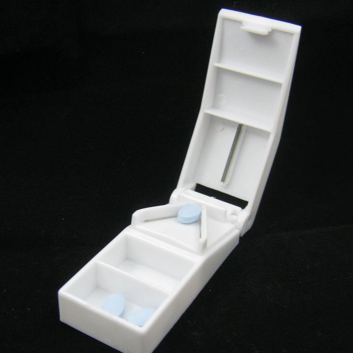 1 Pill Cutter Splitter Tablet Medicine Box Vitamin Storage 2 Compartment Case