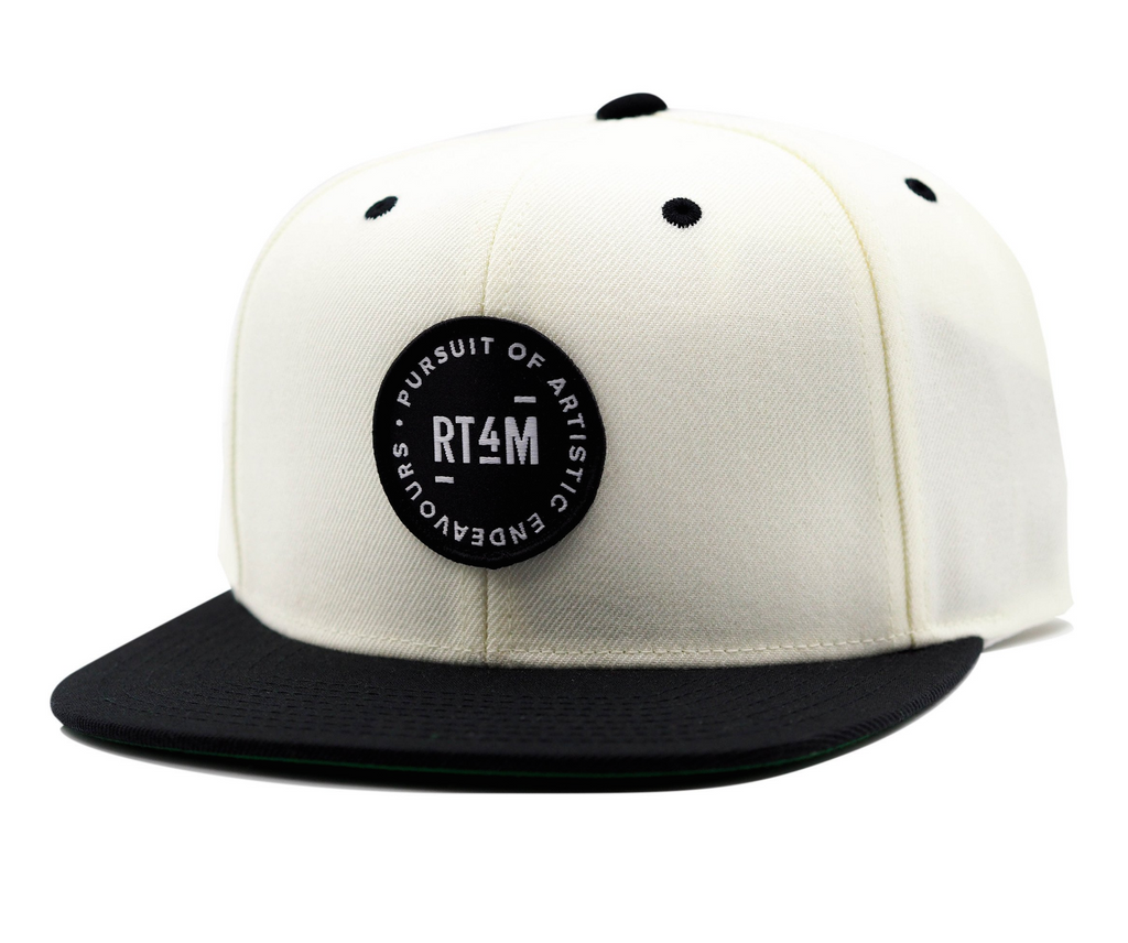 RT4M White and Black Endeavour Snapback Hat