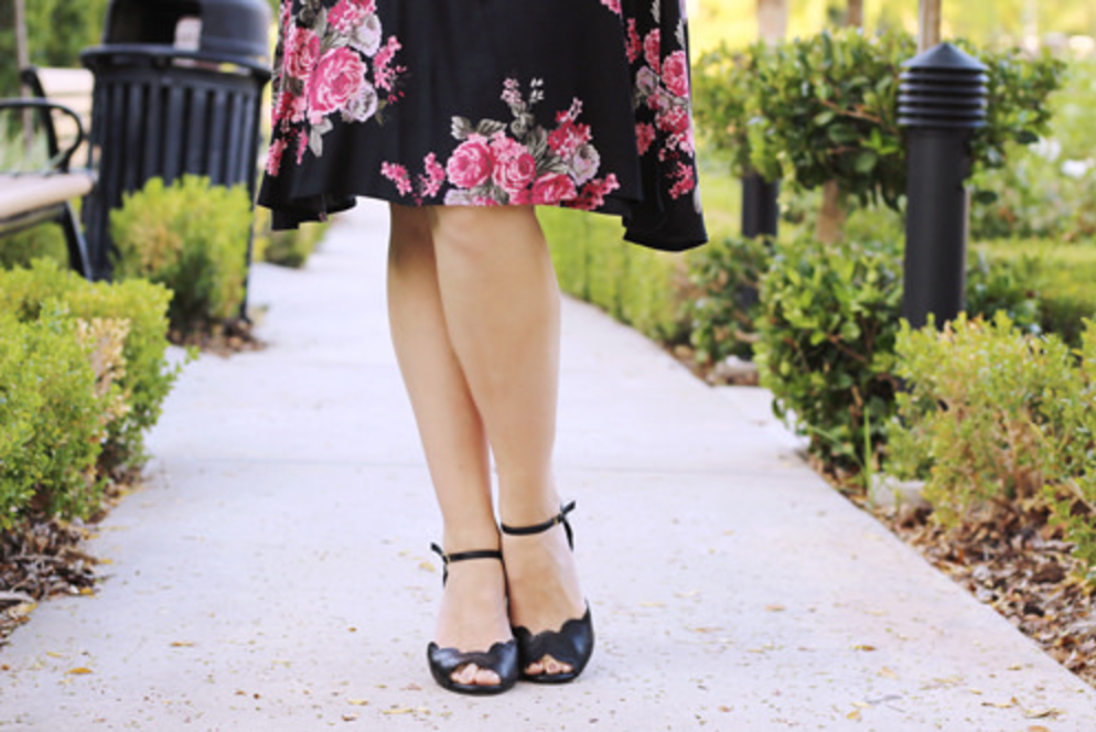 Southern California Belle | Heart of Haute Rayleine Dress in Rose Noir