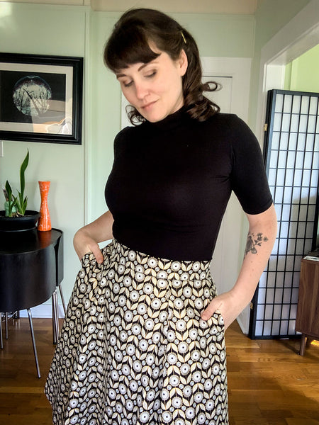 Mandie Bee 60's style Denise Top and Mod Daisy Skirt
