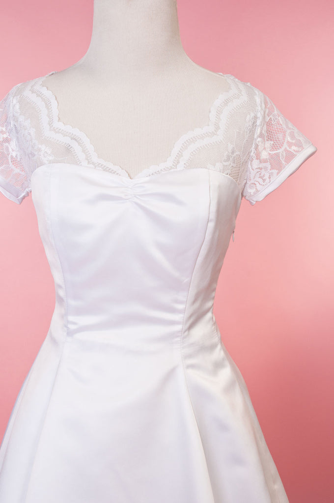 Weddings - Antoinette - White Lace - Heart of Haute