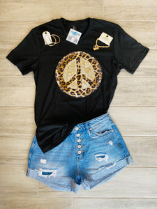"Leopard Sequin ""PEACE"" Appliqué Graphic Tee"