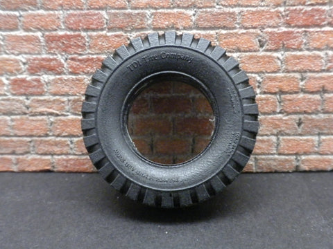 "T28  1/24 16""  MUD/SNOW TIRES"