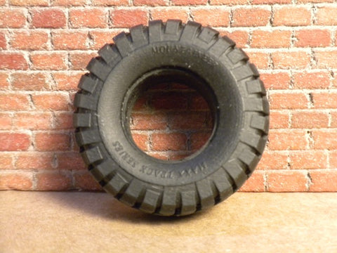 "T19 1/25 Maxx Track Mountaineer 17"" x 36"" tires"