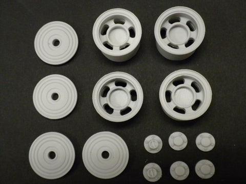W30  1/25  5 Slot Truck Wheels