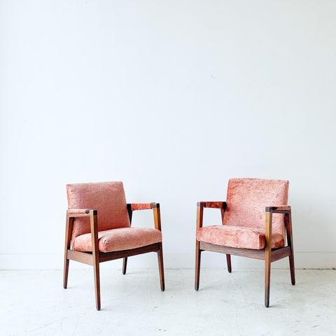 Pair of Mid Century Gunlocke Occasional Chairs