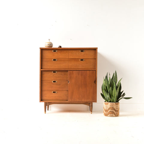 Hooker Furniture Highboy Dresser