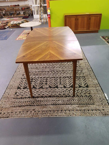 American of Martinsville Dining Table with 1 Leaf