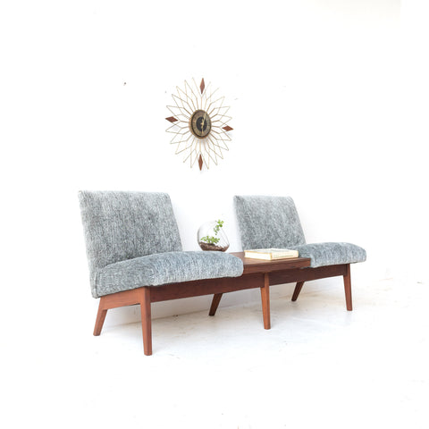 Mid Century Gunlocke 2 Seater Waiting Room/Entryway Bench
