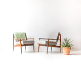 Pair of Mid Century Baumritter Chairs