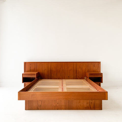 Queen Size Teak Platform Bed with Floating Nightstands