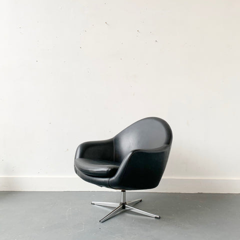 Mid Century Modern Overman Lounge Chair