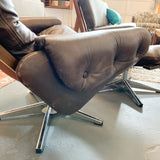 Mid Century Modern Leather Lounge Chair and Ottoman