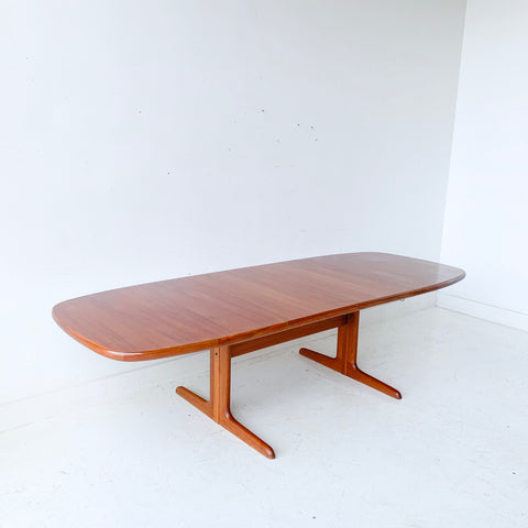 Mid Century Modern Danish Teak Dining Table with 2 Leaves