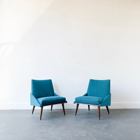 Pair of Mid Century Modern Lounge Chairs by Kroehler