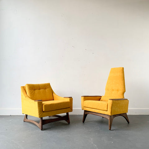 "Pair of Kroehler ""Galaxy"" Lounge Chairs"