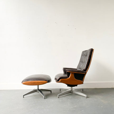 Mid Century Modern Heywood Wakefield Lounge Chair and Ottoman