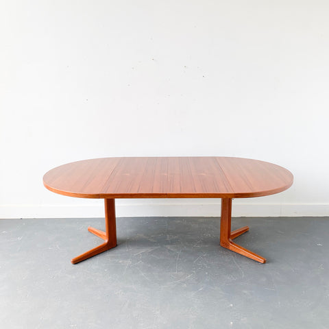 Mid Century Danish Teak Round Dining Table with 2 Leaves