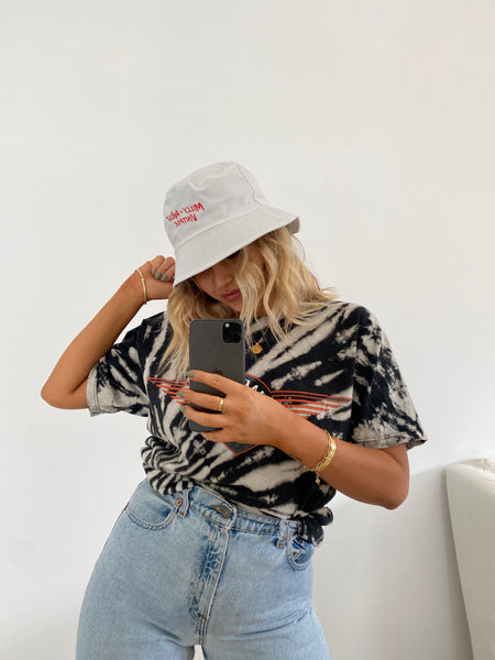 MILLY & WOLF BUCKET HAT
