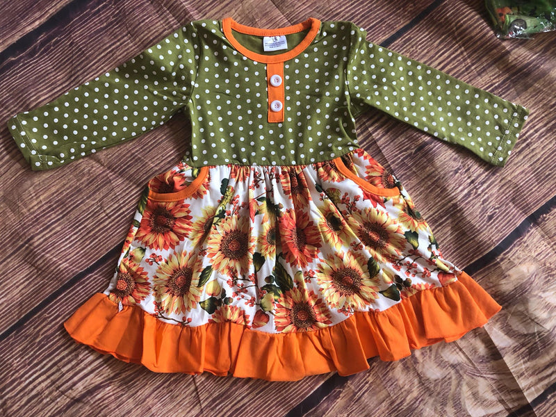 SUNFLOWER POCKET DRESS