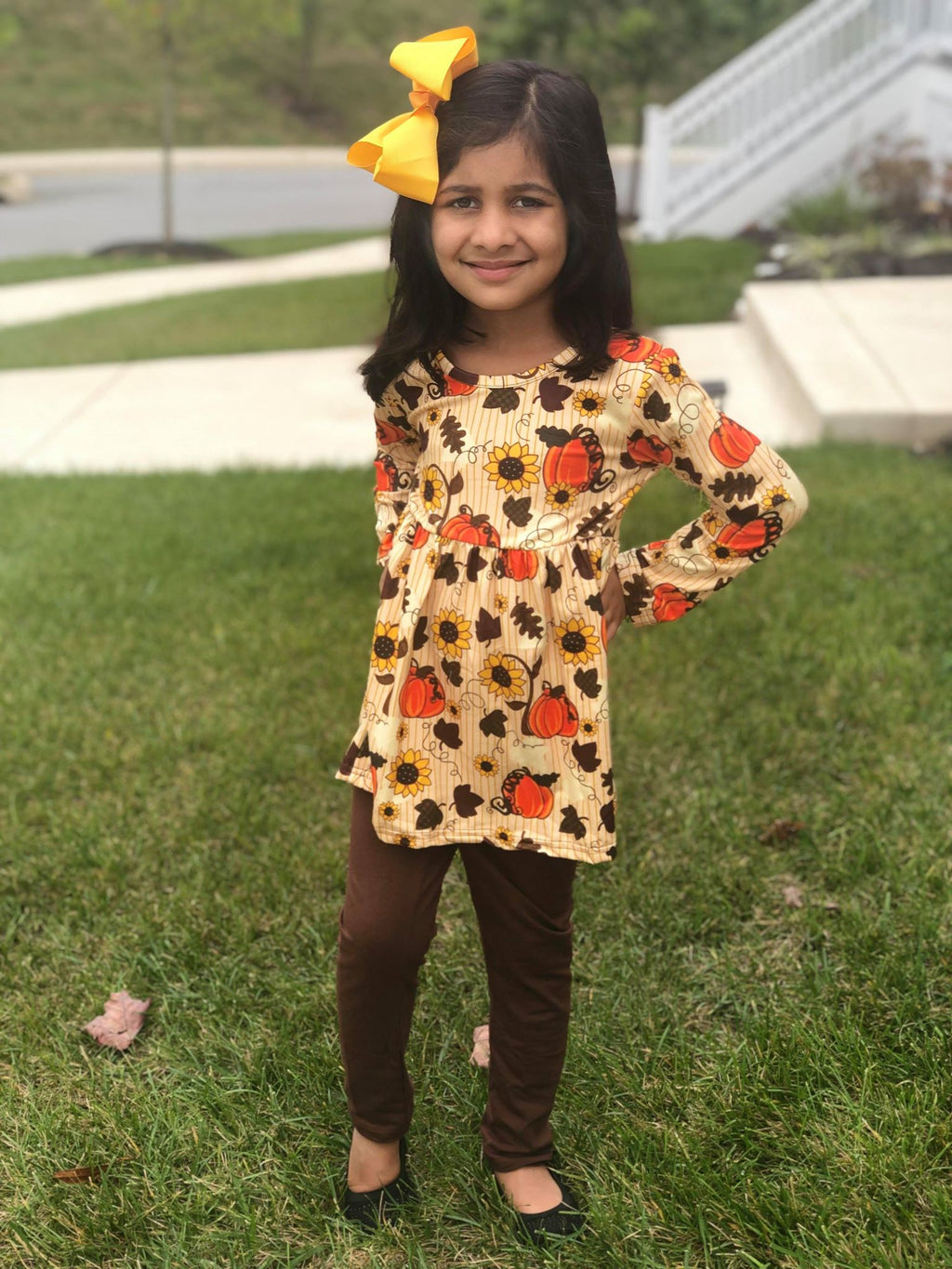 PUMPKIN TOP AND BROWN LEGGINGS SET