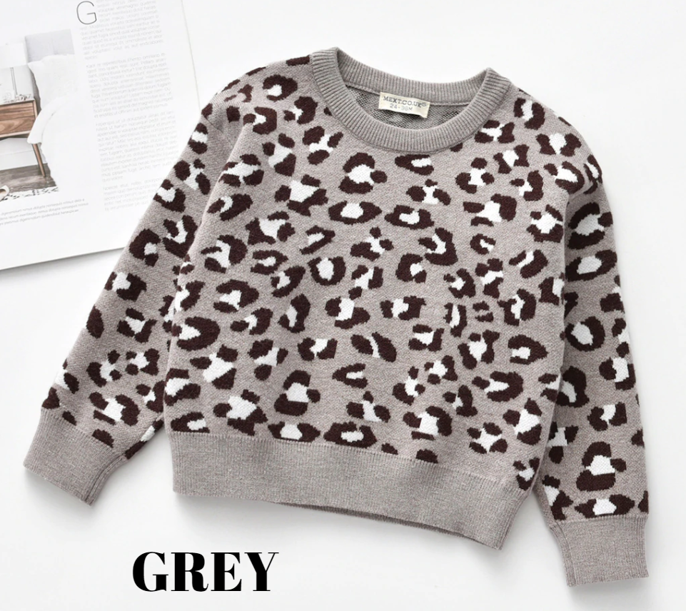 ANIMAL PRINT SWEATER - GREY