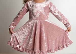 VELVET TWIRL DRESS WITH BOW - PINK