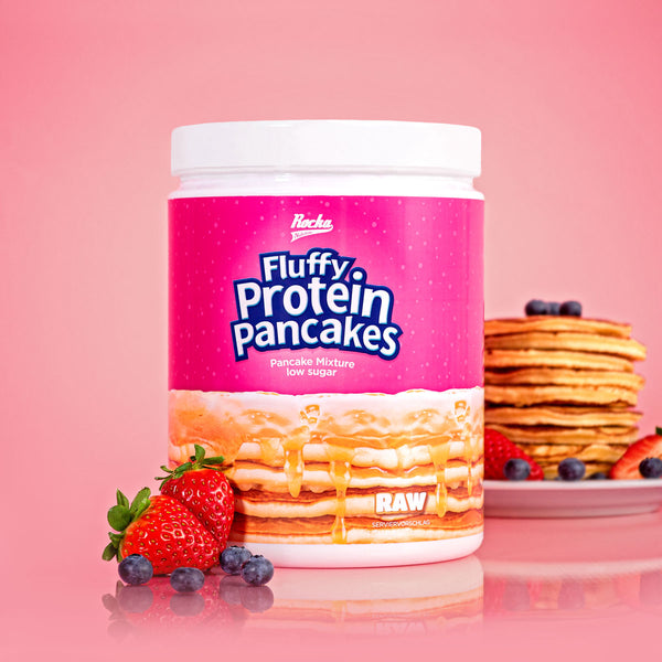 Fluffy-Protein-Pancakes-product-rocka-Hintergrund-rosa