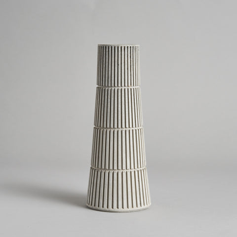 Flyover Vase by Tiipoi