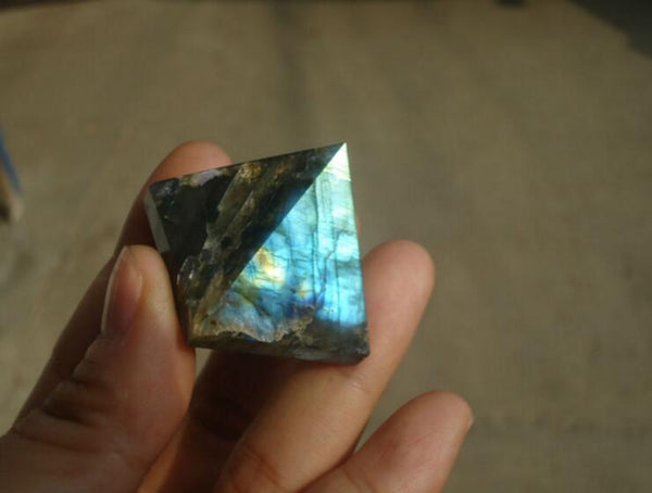 Natural labradorite pyramid