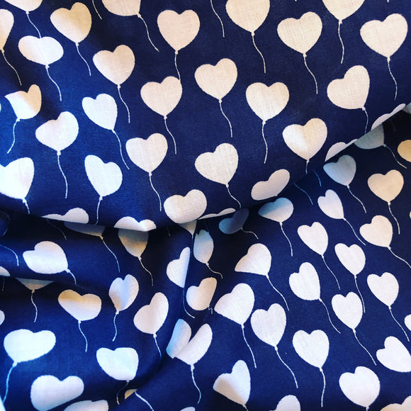 Love is in the air - Navy