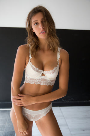Chandelier Bra - White
