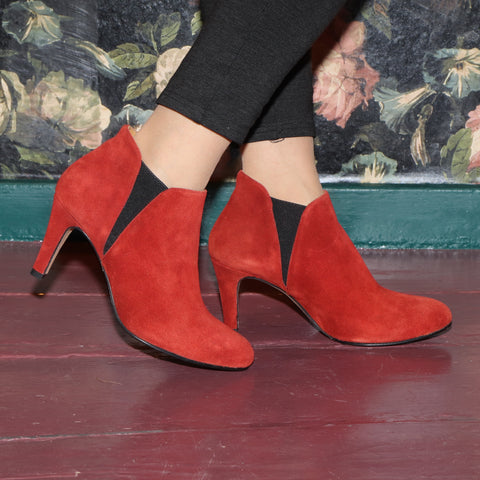 ELLIE Suede Red - last pair 39!