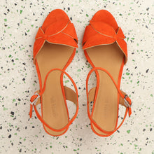 Load image into Gallery viewer, Selena Suede Orange - Last pairs