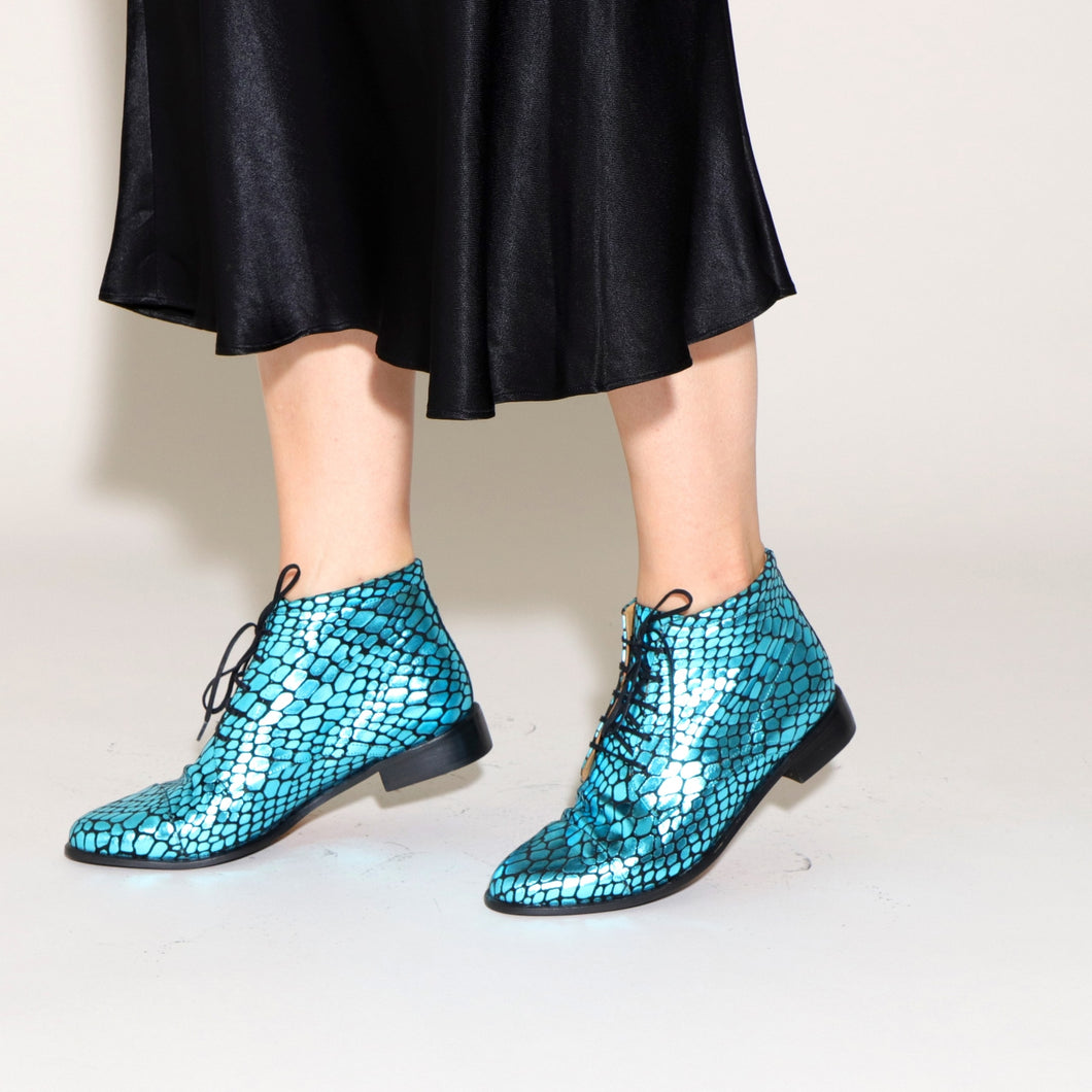 ASHLEY Croc Blue - last pair 37