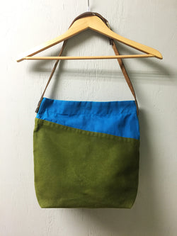 Bi-Color Waxed Canvas Tote - Turquoise & Olive