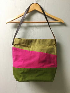 Tri-Color Waxed Canvas Tote - Khaki/Fuchsia/Olive