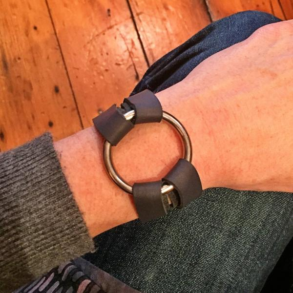 Bold Leather and O Ring Bracelet - Grey|Whiskey|Black Leather