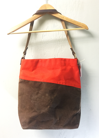 Bi-Color Large Waxed Canvas Tote - Milk Chocolate and Orange
