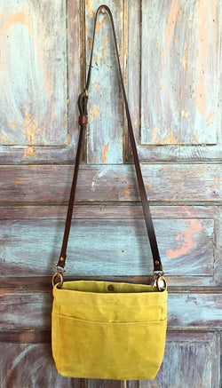 Mini crossbody Waxed Canvas Bag - Avocado