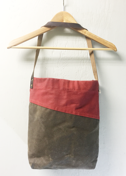 Bi-Color Waxed Canvas Tote - Stone and Burnt Scarlet