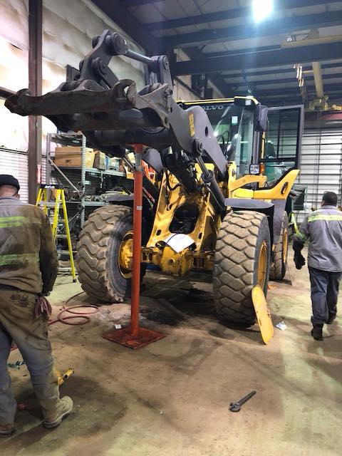 Loading Arm Stand For Volvo Heavy Equipment