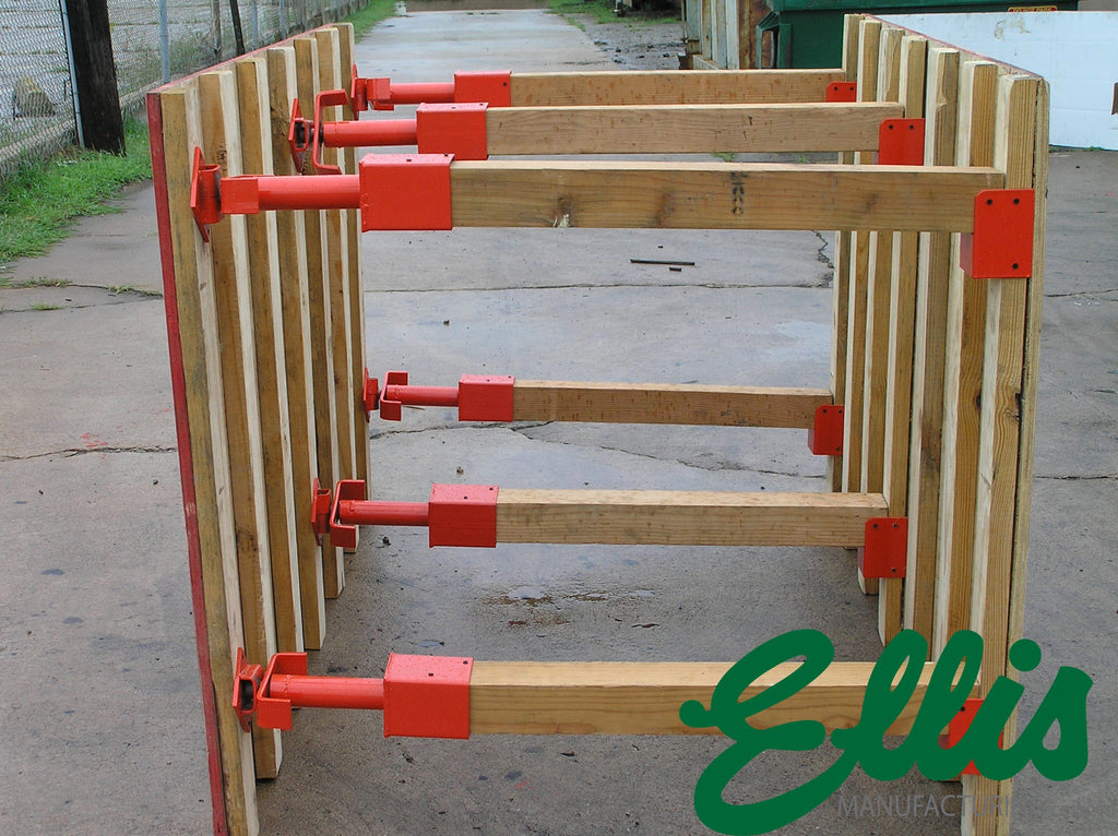 Ellis MFG Co. Trench Shore with 4x4 Screw Jacks